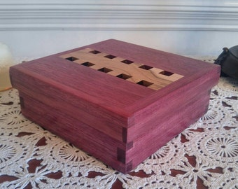 Handmade Keepsake Box (Purpleheart)