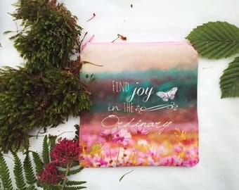 Porte-monnaie bohème, jolie petite trousse en tissu, fleurs aquarelle sur tissu, petite pochette maquillage de voyage, cadeau pour femme