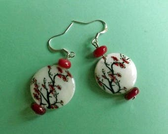 Earrings Mother of Pearl and Red Coral