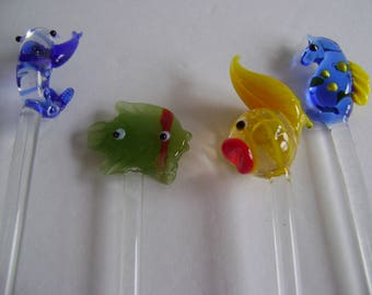 Tropical fish swizzle sticks / glass stirrers / collectible / bar ware / hand blown glass / Ocean theme / vintage
