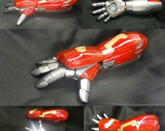 Iron man gauntlet mark 47 lifesize wearable