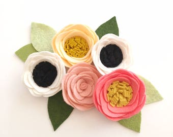 FELT FLOWERS// Loose Felt Flowers // Unattached Felt Flowers // DIY Flowers // Flower Embellishments // Set of 5 // You Pick Colors