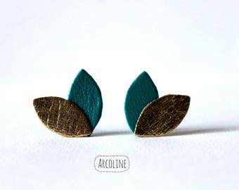 Earring Stud ° ° petals leather ° Golden (Turquoise)