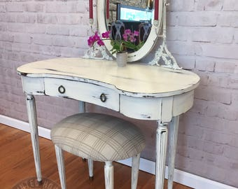 Bombay Refinished Shabby Chic White Vanity with a Bench