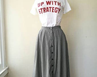 Vintage Lizsport gingham pleated skirt black and white