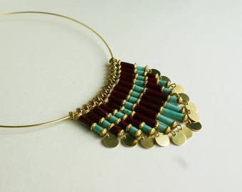 "Elegant ""PachaMama"" necklace made of blue and plum Nepalese lokta paper"