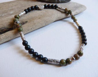 Fine bracelet for men or mixed ethnic Black Onyx matte and green unikate