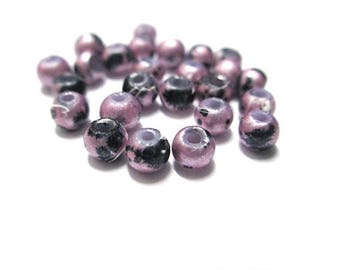 old glossy pink speckled and glass, 4mm 20 beads