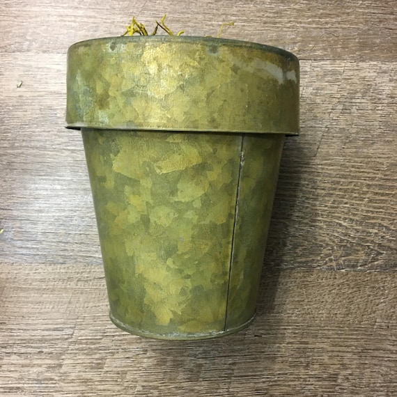 Galvanized Rustic Tin Flower Pot Holder