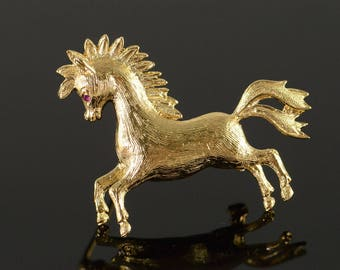 14k Retro Horse Detailed Ruby Eyes Pin/Brooch Gold