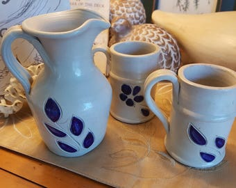 WILLIAMSBURG Collectible Art Pottery Pitcher and 2 Mugs - No Two Pieces Alike. Colonial Salt-glazed Process, Country Decor, Lodge, Rare