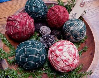 Primitive Fabric Balls Christmas, FAAP Prim Christmas Homespun Plaid Fabric Balls, No Styrofoam, Farmhouse Decor, Country Christmas Decorate