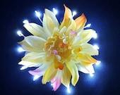 Yellow Light Up Flower Pack