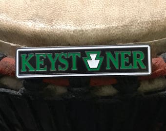 Keystoner V5 hat pin