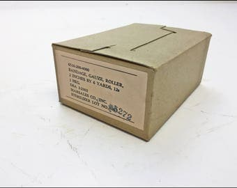 Vintage Military GAUZE BANDAGE Case us army bandage medical 12 Boxes SEALED wwii gear old war cosplay steampunk costume unopened nos