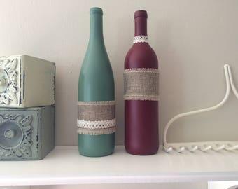 Farmhouse Bottles Green/Red