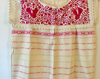MEXiCAN BLOUSE,made in Oaxaca, Boho Top, hand embroidered Blouse,Telar de Oaxaca, pregnant clothing