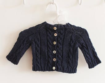 Beautiful hand-knitted sweater ideal for gift! Customizable! Baby, Child, Adult