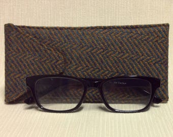 Welsh tweed glasses/spectacles case in brown & grey