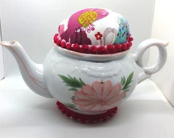 Teapot Pin Cushion - Country Print