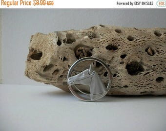 ON SALE Vintage 1940s Silver Tone Horse Pin 61416