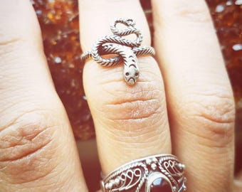 Baby Snake Midi Ring