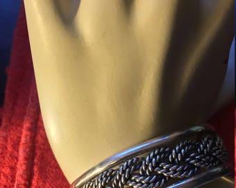 Beautiful sterling silver rope bracelet.