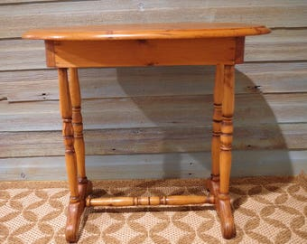 Antique Oval Top Pine Side Table With Drawer