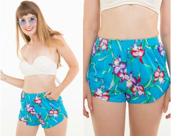 Tropical Short Shorts / Hawaiian Pattern / Sporty Cut / Size S