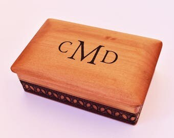 Personalized Wood Box, Monogram Wood Box, Groomsman Gift, Wedding Gift Box, Gift Box, Wooden Storage Box, Wood Keepsake, Father's Day Gift