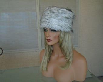 White  faux fur hat