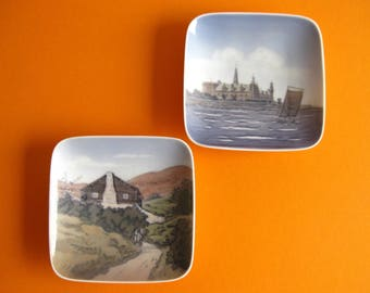 2 Vintage Royal Copenhagen pin dishes  Kronburg 1955 & Blokhuset 1956 Hand Painted