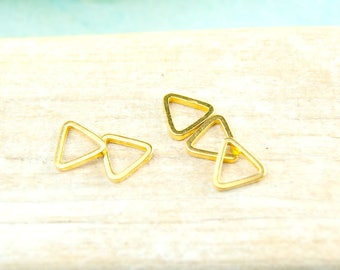 5x ring 7mm Triangle gold plated #4445