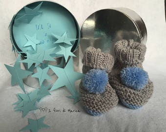 Baby shoes baby Booties-pom pom