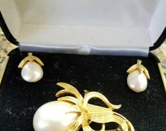 Marvella pin & earring set