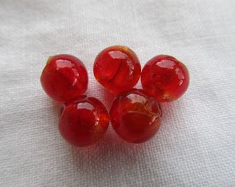 Set of 2 glass beads 8 mm with silver foil handmade color: red currant.