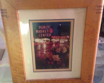 8x10 dove tailed frame holding  photo of pike street market in seattle
