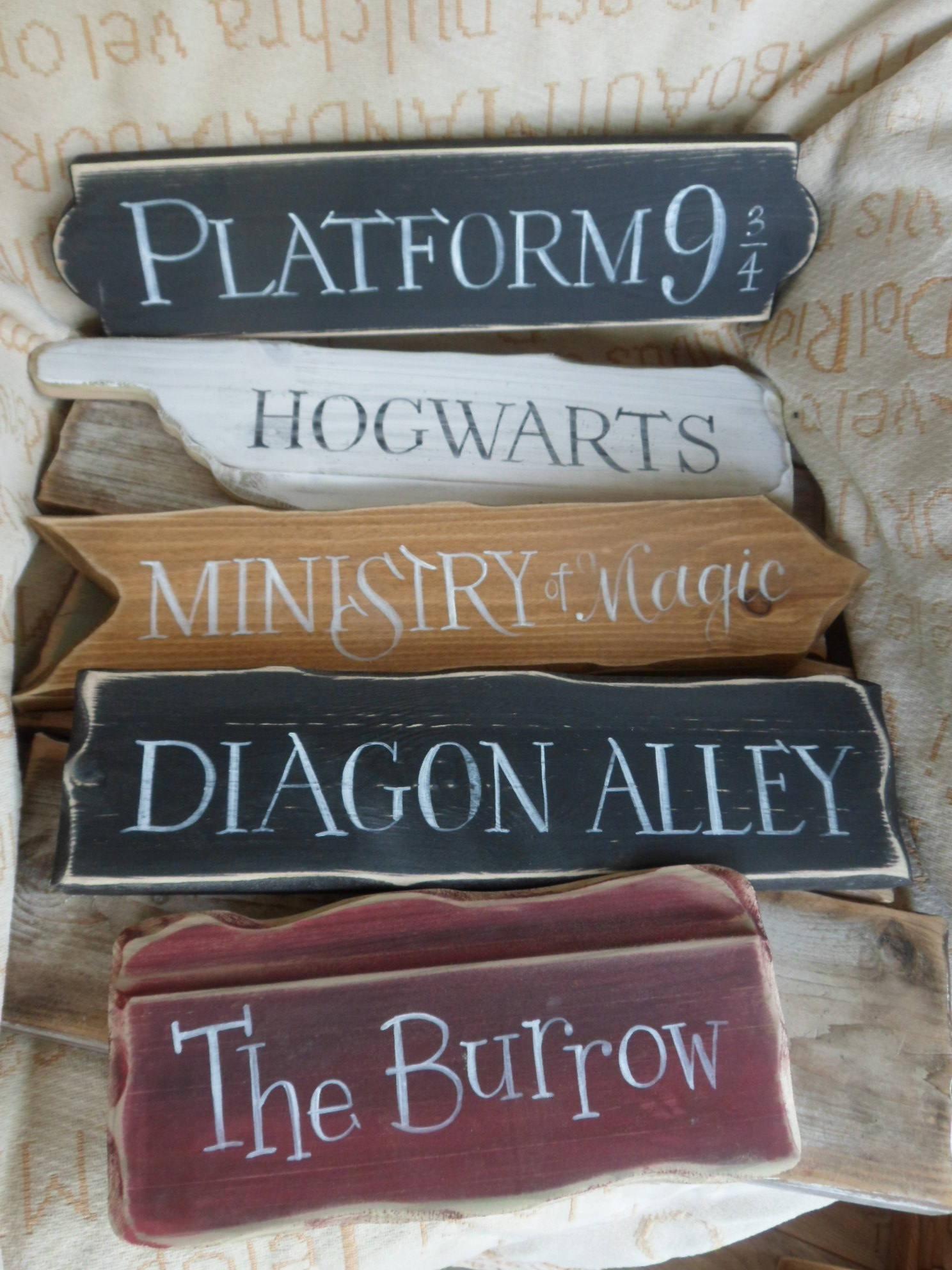 Harry Potter Signs Hogwarts Express Knockturn Alley Diagon