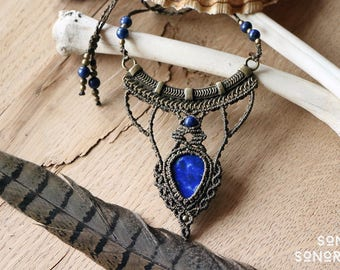 macrame lapislazuli & brass ornament necklace with lapislazuli and brass beads brown