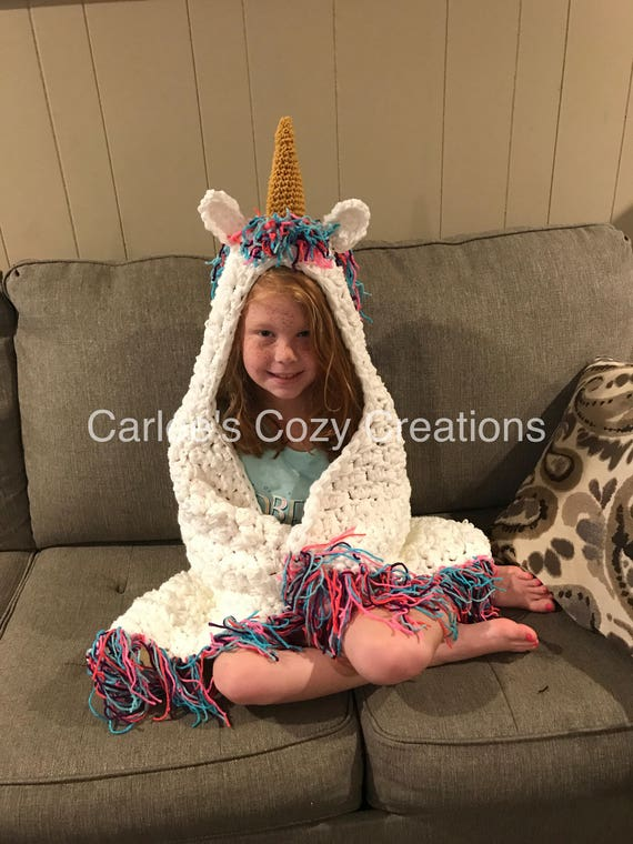 hooded unicorn blanket, crochet unicorn blanket