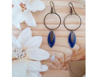 ▲ CARMA ▲ rings with a dark blue enamel earrings!