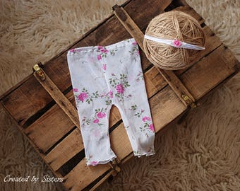 Newborn pants set. Newborn photo prop. Newborn lace pants ad tieback.  Newborn girl photo prop.  Photo prop.