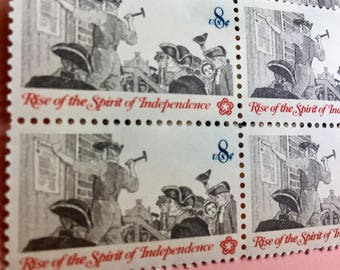 US Unused Vintage Postage Stamps- Rise of the Spirit of Independence - Set of 32 Stamps 8 Cent value for each - great used with other stamps