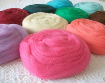 50g 2.5 m wool carded for felting 5875 Rose water & needle.