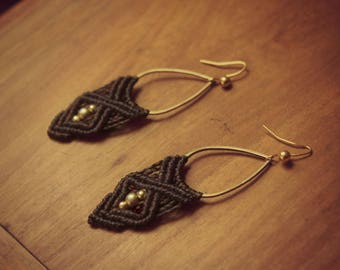 Brown macrame and brass earrings