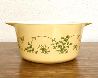Pyrex Shenandoah 473 Casserole Dish with Lid - yellow with green flowers