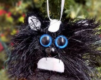 Handmade Felt Skunk Christmas Ornament, Felt Christmas Ornament, Animal Ornament, Children's ornament, Skunk Ornament, Woodland Ornament