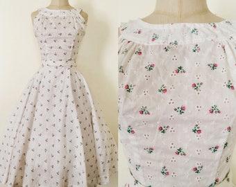 1950s White Eyelet and Rosebud Dress