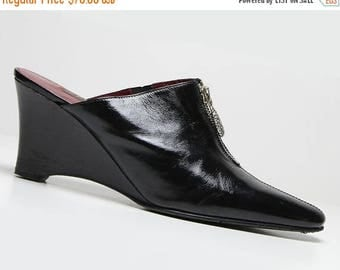 FLASHSALE 35% OFF vtg 90's patent leather black minimalist wedge slides shoes US 8 8 1/2