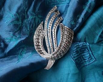 Elegant, Vintage Sterling Silver Art Deco Sparkling Marcasite Brooch